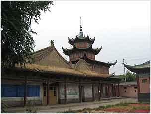 Fig 1. This building is in the architectural style of Islamic buildings typical of the Hui heartlands of Shaanxi and Gansu in the mid-Qing period.